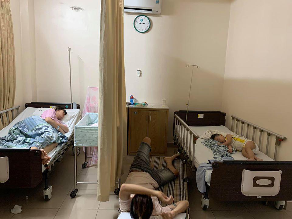 Giữa phòng phụ sản đông người, chồng làm việc nhạy cảm cho vợ khiến dân tình đỏ mặt xấu hổ-4