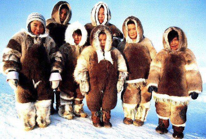 Tộc người sống ở nơi băng tuyết phủ quanh năm: Không hôn nhau vì sợ dính chặt môi-1