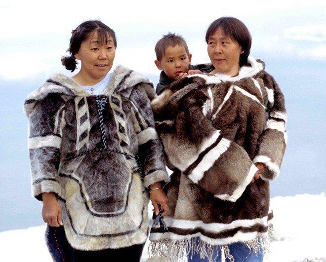 Tộc người sống ở nơi băng tuyết phủ quanh năm: Không hôn nhau vì sợ dính chặt môi-2