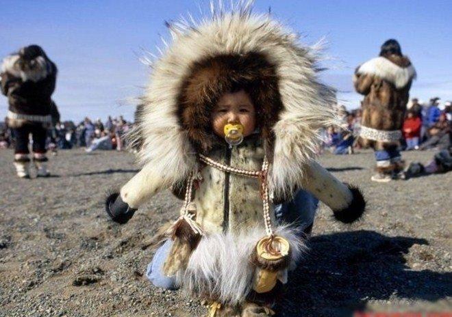 Tộc người sống ở nơi băng tuyết phủ quanh năm: Không hôn nhau vì sợ dính chặt môi-4