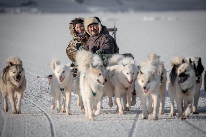 Tộc người sống ở nơi băng tuyết phủ quanh năm: Không hôn nhau vì sợ dính chặt môi-14