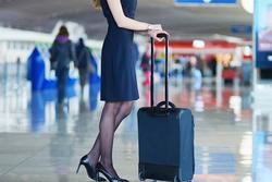 Nhật ký nữ tiếp viên hàng không: Bị sàm sỡ liên tục, dọn cả đồ lót cho khách