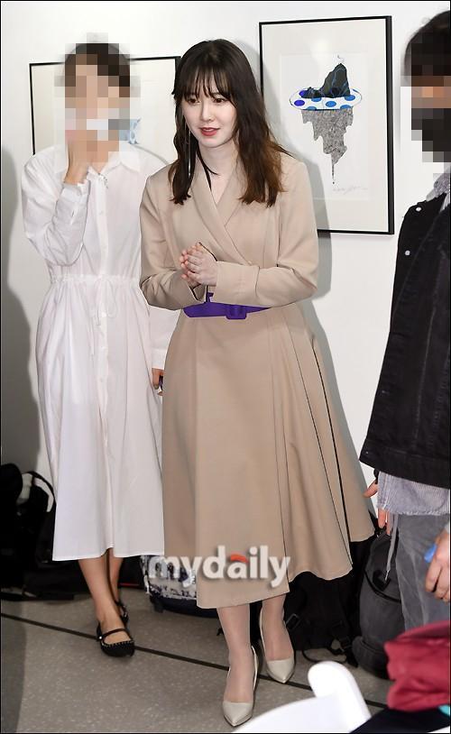 Tái xuất sau ồn ào ly hôn, Goo Hye Sun cảm thấy có lỗi với chồng cũ Ahn Jae Hyun-6