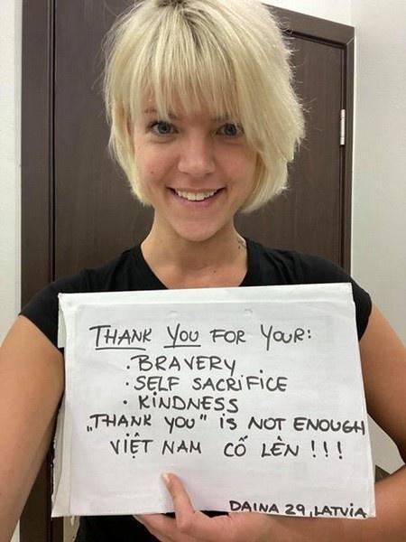 Người nước ngoài đồng loạt nhắn 'Cảm ơn Việt Nam' giữa mùa dịch-4