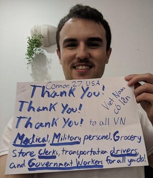 Người nước ngoài đồng loạt nhắn 'Cảm ơn Việt Nam' giữa mùa dịch-13