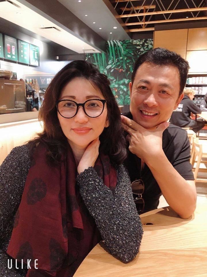 Danh tính người vợ chung sống 30 năm ít lộ diện của danh hài Vân Sơn-5
