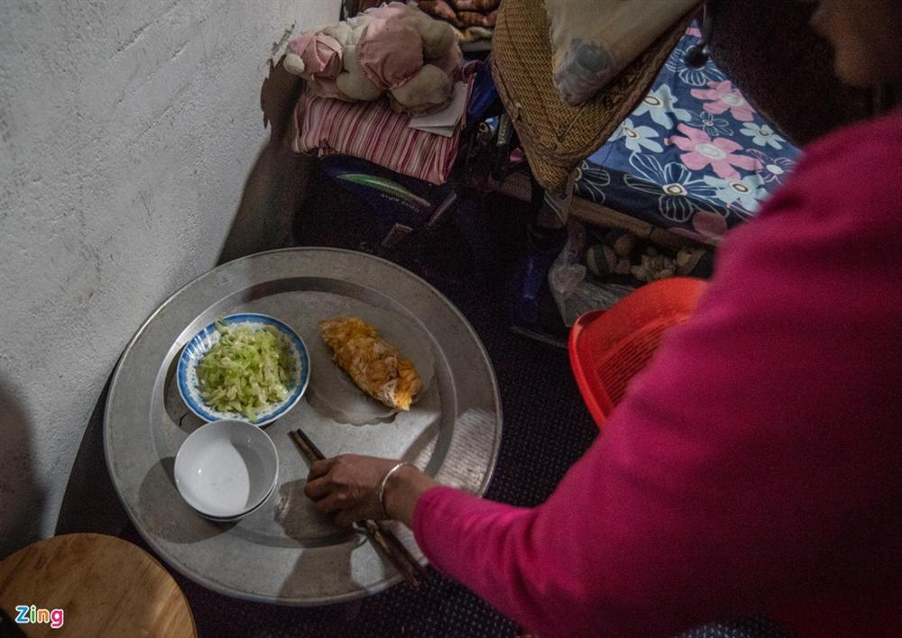 Những người ăn qua bữa, sống qua ngày giữa đại dịch Covid-19-6