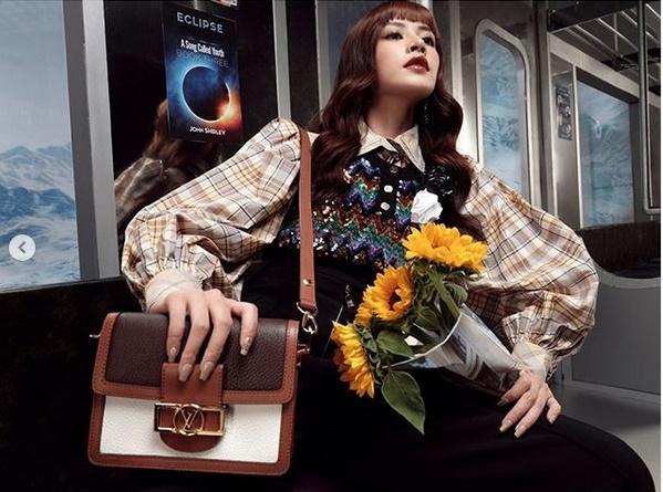 Chi Pu - Châu Bùi ăn đứt sao Hàn khi cùng diện thiết kế của Louis Vuitton-4