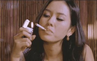 9 nữ diễn viên Hàn từng hy sinh thân mình, học hút thuốc để đóng phim: Son Ye Jin, Suzy, Nana gây sốc nhất-4