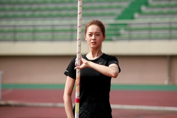 9 nữ diễn viên Hàn từng hy sinh thân mình, học hút thuốc để đóng phim: Son Ye Jin, Suzy, Nana gây sốc nhất-9