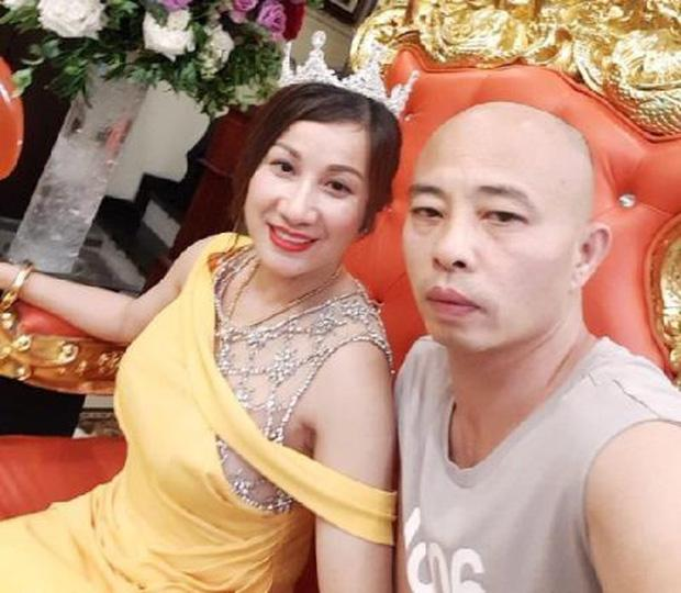Tiết lộ về quá khứ của đại gia Đường Nhuệ: Từng phải ăn cơm độn khoai, cưới người vợ đầu tiên khi lao động tại Nga-2