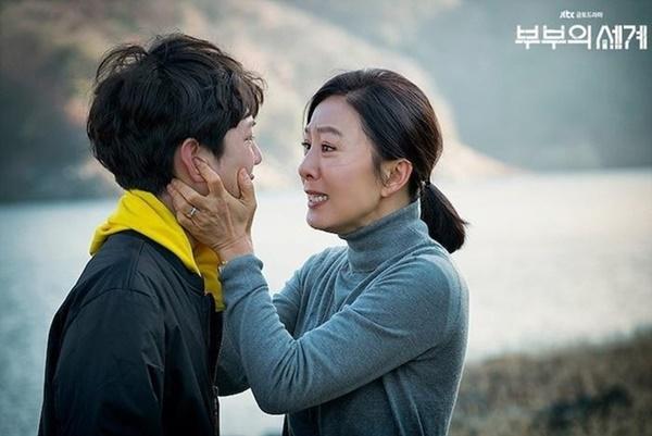 Nữ hoàng dòng phim ngoại tình Hàn Quốc-1