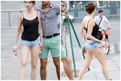 Nhức nhối trước pha mặc quần short ngắn cũn cỡn như nội y của cô gái trên phố