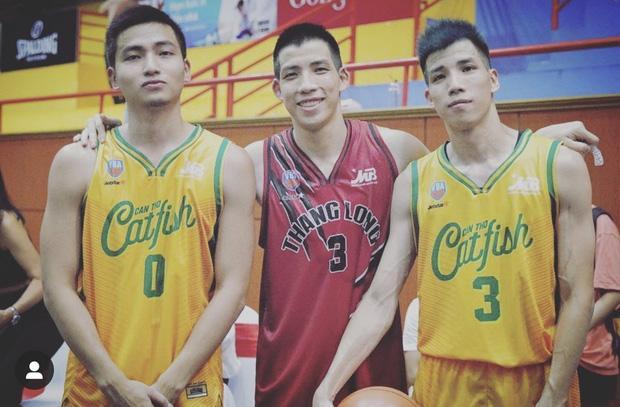Gia thế khủng của hot boy bóng rổ yêu Mẫn Tiên: Chủ tịch HĐQT, lại còn có 2 anh song sinh giỏi giang không kém-3
