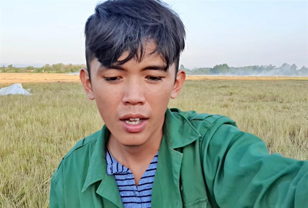 YouTuber nghèo nhất Việt Nam phạm lỗi nghiêm trọng vì làm clip cấm, nguy cơ bị xóa sổ kênh-1