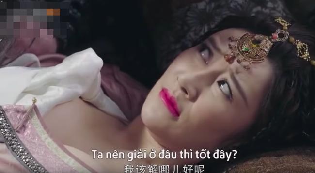 Hotgirl mạng khoe ngực khủng trong Tân Ỷ Thiên Đồ Long Ký là ai?-7