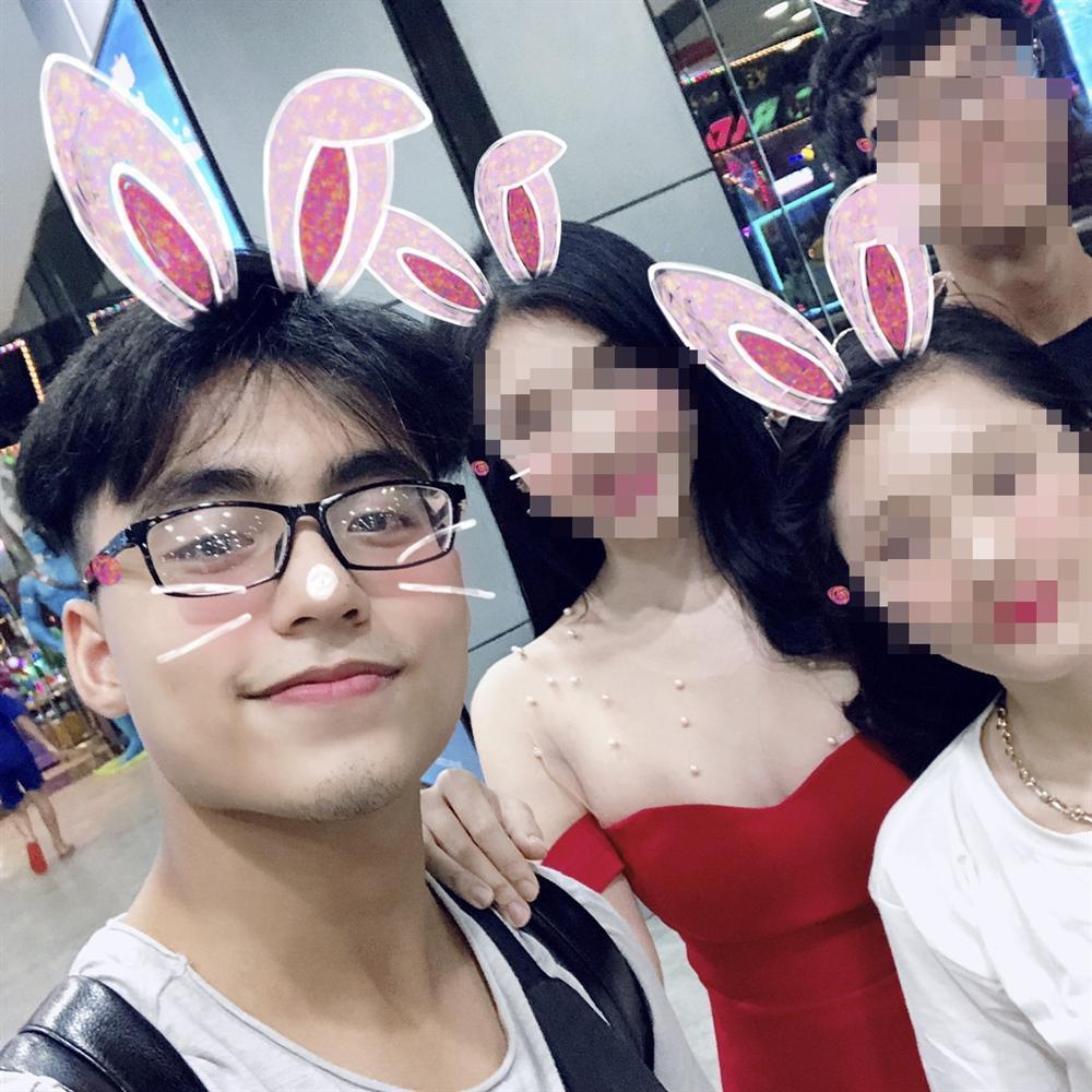 Em trai Sơn Tùng M-TP thân mật, ôm vai bá cổ con gái Đường Nhuệ-5