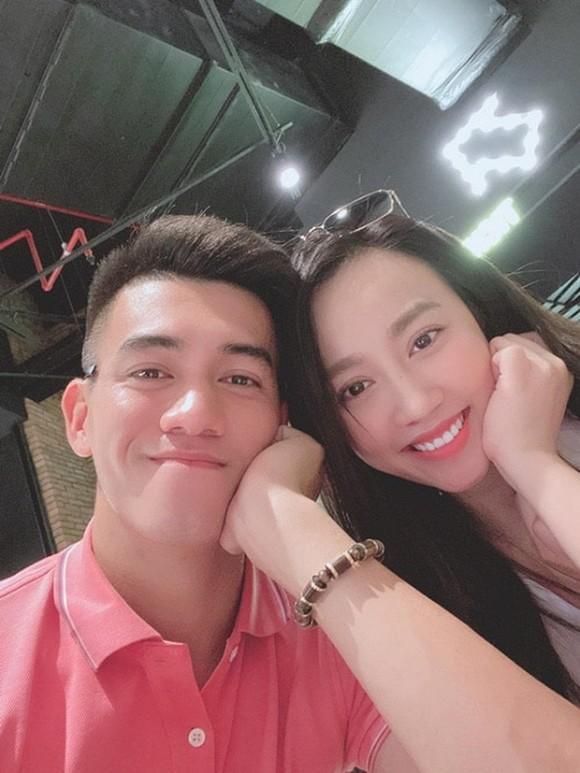Huỳnh Hồng Loan có động thái chứng minh vẫn là bạn bè với Tiến Linh sau khi dừng tìm hiểu-2