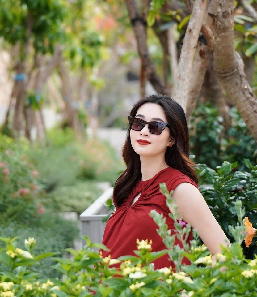 Hoa hậu Đặng Thu Thảo xác nhận mang thai lần 2, dự sinh quý tử vào tháng 5-1