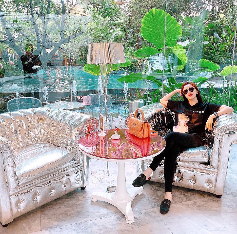 Choáng ngợp với nhà vườn hoành tráng của Bảo Thy và chồng đại gia-5