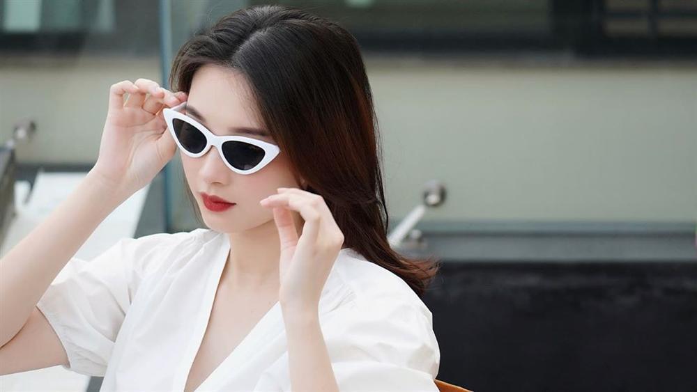 2 lần mang thai vượt mặt, hoa hậu Đặng Thu Thảo sở hữu nhan sắc xuất sắc vạn mẹ bầu mê-5
