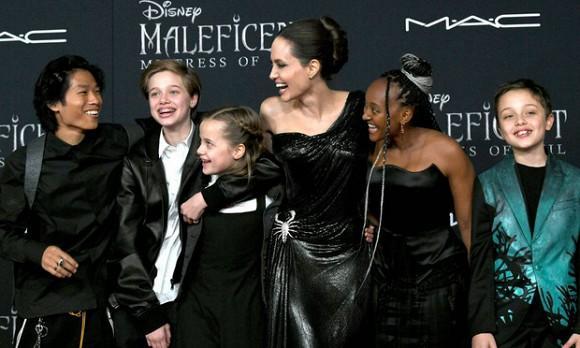 Brad Pitt không chịu nổi phải ly hôn vì Angelina Jolie tiếp tục nhận nuôi người con thứ 7?-1