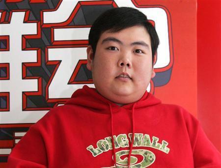Meme 'chàng mập' nổi tiếng 17 năm trước đã giảm cân, sống bình lặng-2