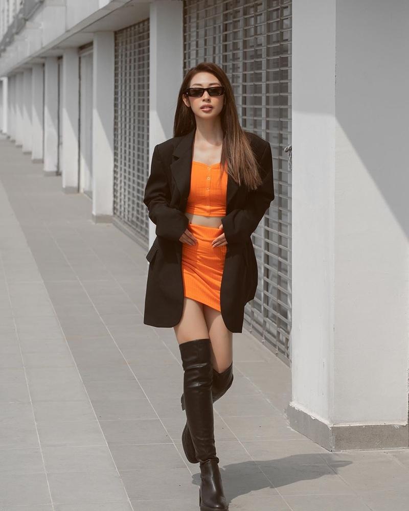 STREET STYLE: Amee - Sam bung lụa thành công chúa, tiểu thư dịp nghỉ lễ-9