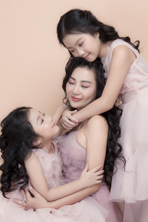 Bị con gái trêu là Tuesday, Thanh Hương: Con cái mất dạy-3