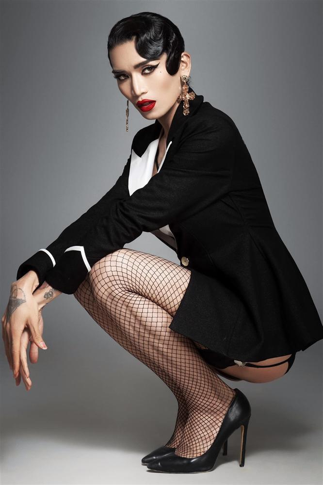 BB Trần gây ngỡ ngàng với loạt ảnh giả gái sexy nghẹt thở-5