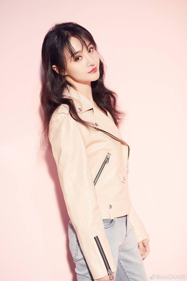 Trịnh Sảng - Song Hye Kyo thăng hạng nhan sắc sau chia tay: Phụ nữ đẹp nhất khi không thuộc về ai-12