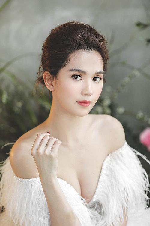 Chị ruột Ngọc Trinh úp mở kế hoạch em gái sắp lấy chồng-3