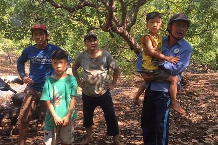 Truy tìm người đàn ông nghi liên quan đến vụ 2 bé trai sinh đôi mất tích trong vườn điều Bình Phước