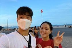 Duy Mạnh, Văn Đức đưa vợ đi chơi và nghỉ ngơi dịp lễ