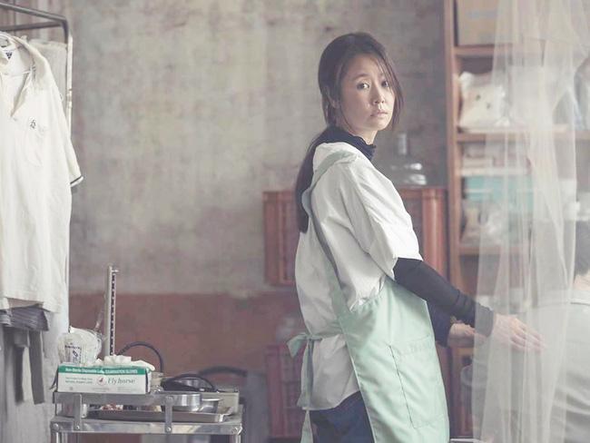Tự đăng ảnh quảng bá phim, Lâm Tâm Như ê chề vì nhan sắc xuống cấp, làn da chảy xệ-3