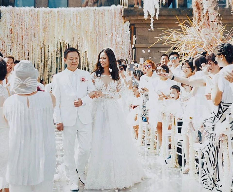 Hình ảnh chưa từng được tiết lộ trong đám cưới của Lâm Tâm Như-1