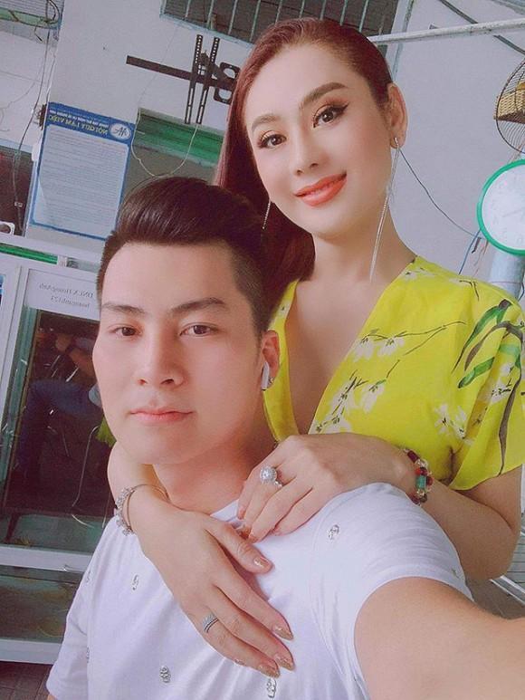 Lâm Khánh Chi chỉ kể một câu chuyện đã bật mí mối quan hệ vợ chồng sau rạn nứt-1