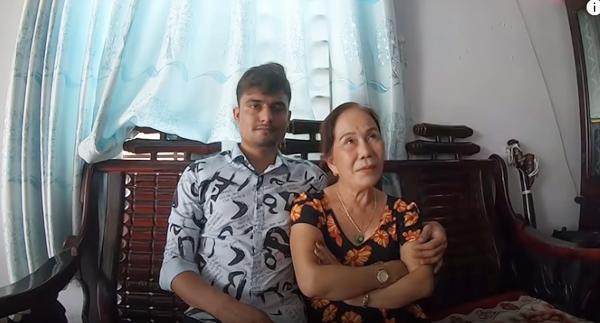 Bà lão 65 tuổi đã có 5 con kết hôn với trai tây ngoại quốc 24 tuổi làm dân mạng sốc lên sốc xuống-1