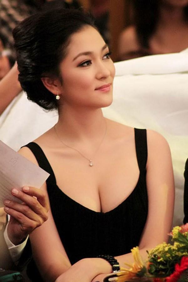 Hoa hậu Việt Nam đẹp nhất thi ứng xử: Tiếng vỗ tay vang dội khán đài vì sự thông minh-4