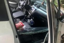 Truy tìm nhóm đối tượng đập phá hàng loạt ô tô hạng sang, trộm tài sản trong đêm
