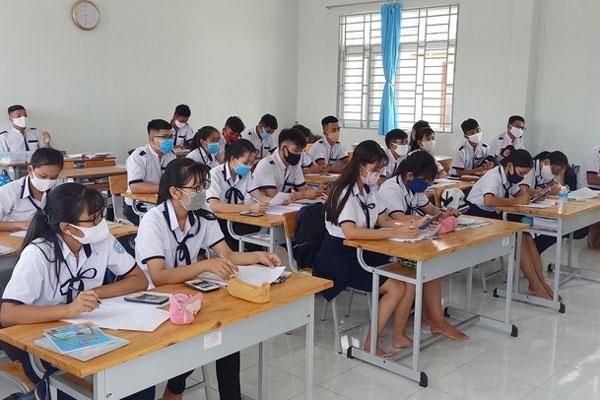 Sáng nay, học sinh tại 63 tỉnh thành đi học sau kì nghỉ dài chưa từng có-1