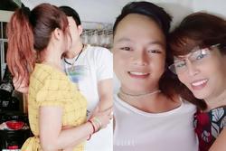 Bị gái đong đưa, chồng 27 nổi tam bành chứng minh một lòng một dạ với vợ 63