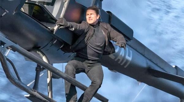 Tom Cruise sẽ ra ngoài không gian đóng phim bằng tàu của SpaceX-1