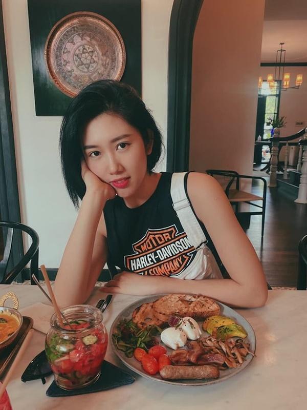 Lan Ngọc tiết lộ Thúy Ngân đang hẹn hò với Trương Thế Vinh chỉ qua một comment?-3