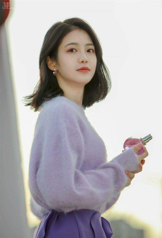 3 nữ diễn viên 9x xứ Hàn có visual long lanh như idol-5