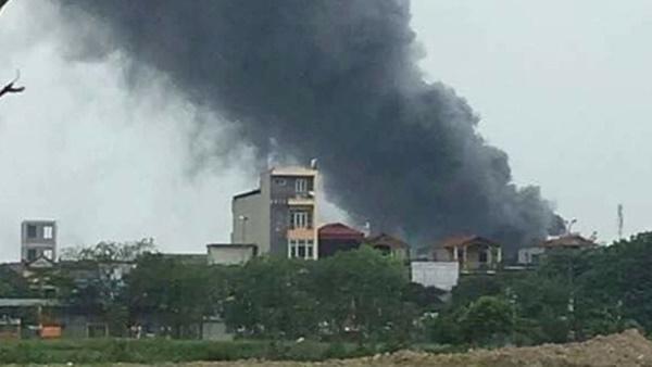 Hà Nội: Cháy lớn công ty thuốc thú y, 3 người tử vong-1
