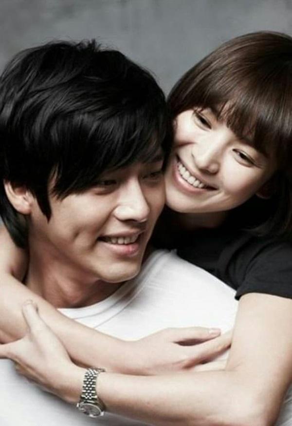 Song Hye Kyo công khai lộ diện sau tin đồn tái hợp tình cũ Hyun Bin, đáng chú ý nhất vẫn là nhan sắc bất biến-3