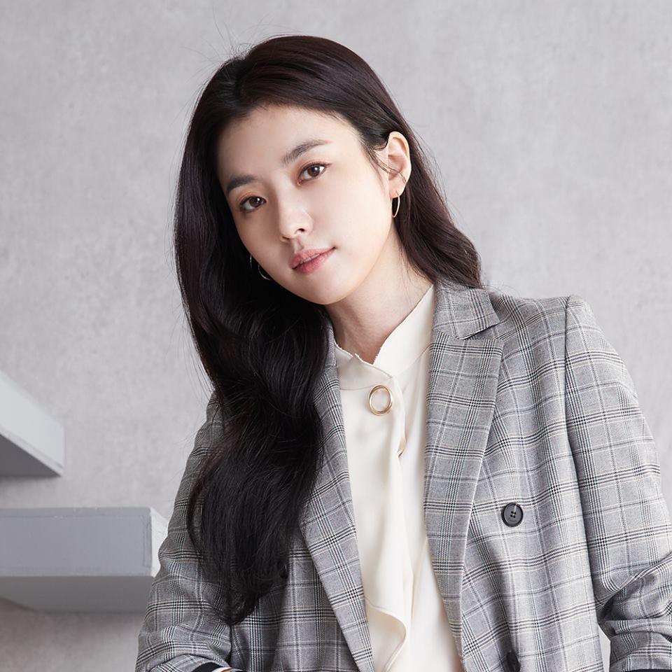 Han Hyo Joo - Mỹ nhân cười đẹp nhất xứ Hàn khốn đốn vì loạt scandal trên trời rơi xuống-5