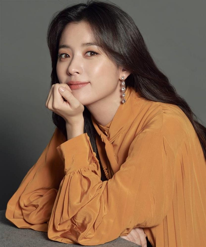 Han Hyo Joo - Mỹ nhân cười đẹp nhất xứ Hàn khốn đốn vì loạt scandal trên trời rơi xuống-7