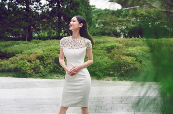 Mỹ nhân phản bội Châu Tinh Trì: 10 năm chịu cảnh vợ lẽ, đổi lấy cuộc sống giàu sang phú quý-9
